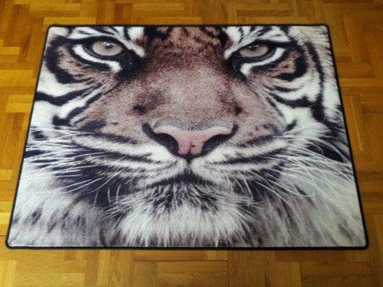 Мокетен килим Тигър-интересно допълнение към интериора на дома